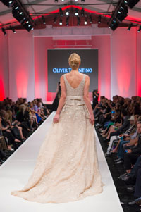 images_bridal/album_2015_elpaseo_new/16.jpg