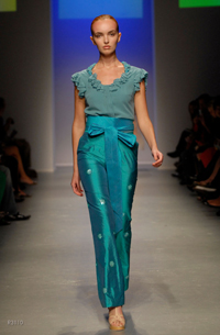 images_runway_la_fweek/10.jpg