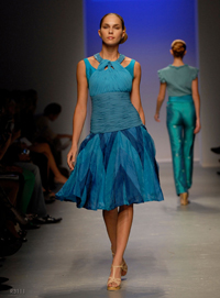 images_runway_la_fweek/11.jpg