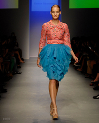 images_runway_la_fweek/2.jpg