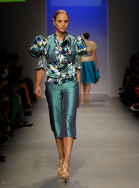 images_runway_la_fweek/6.jpg
